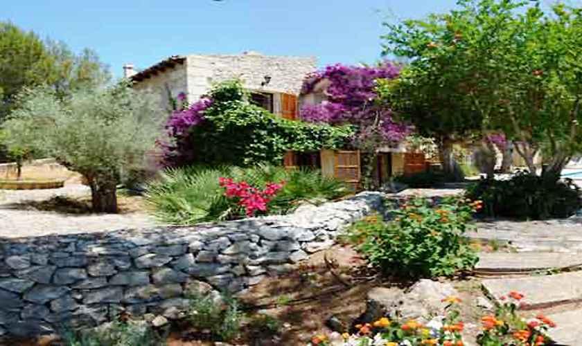 Blick auf die Ferienvilla Mallorca Nordosten PM 550