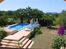 Poolblick Finca Mallorca mit Tennisplatz PM 551