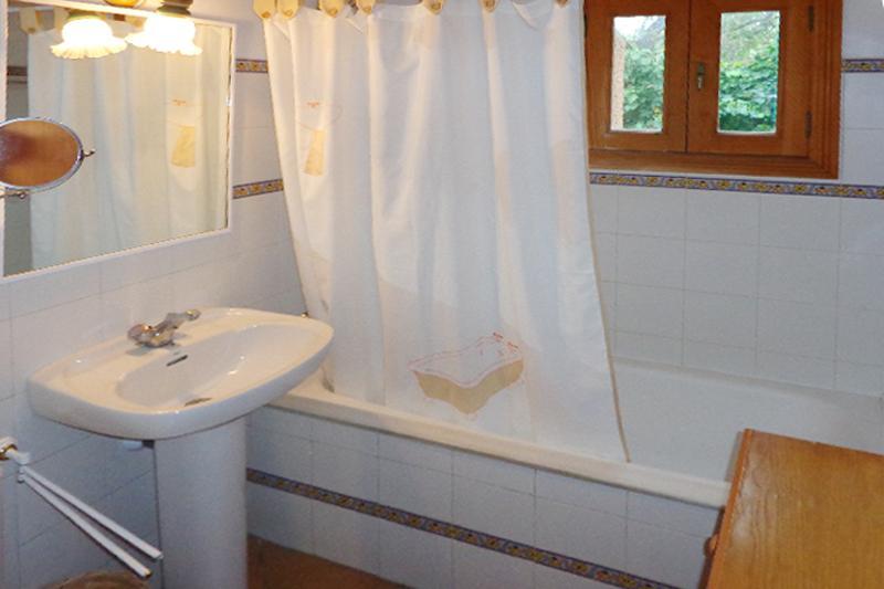 Badezimmer Ferienfinca Mallorca 4 Personen PM 564