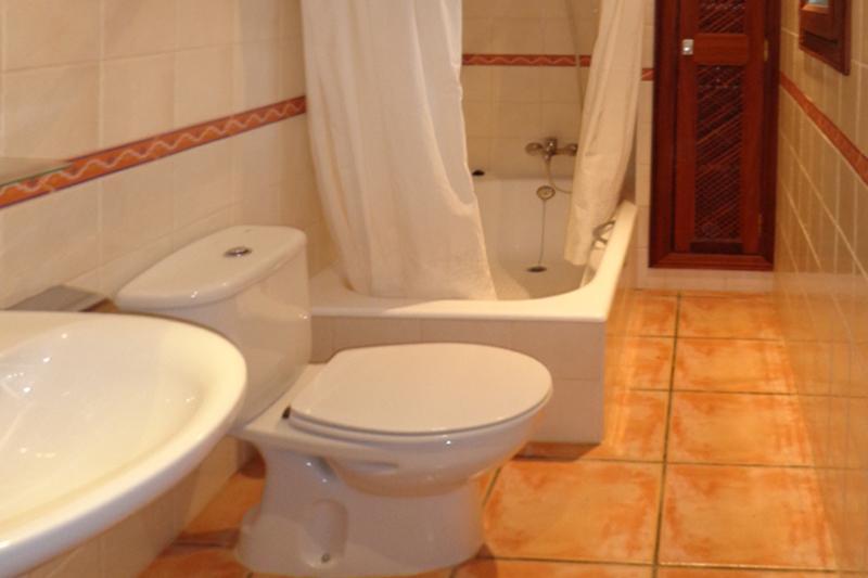 Dusche Ferienfinca Mallorca 4 Personen PM 564