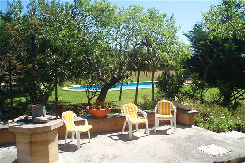 Terrasse Finca Mallorca Nordosten PM 564 für 4 Personen
