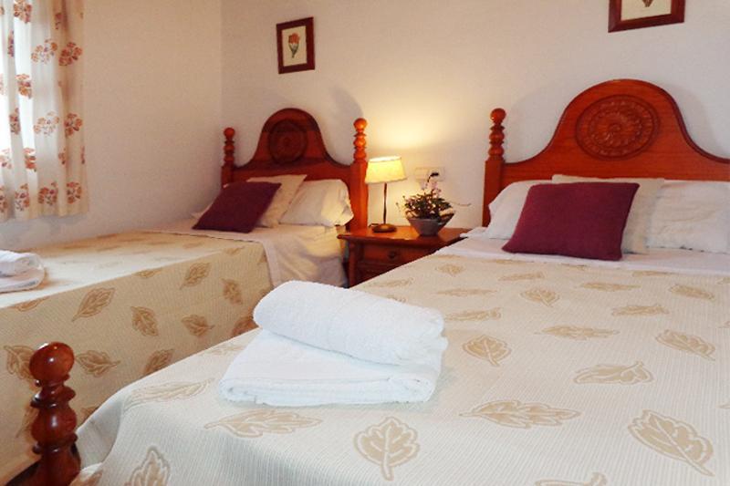 Schlafzimmer Ferienfinca Mallorca 4 Personen PM 564
