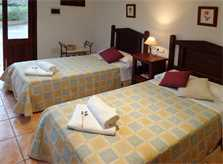 Schlafzimmer Nebenhaus Ferienfinca Mallorca 4 Personen PM 564