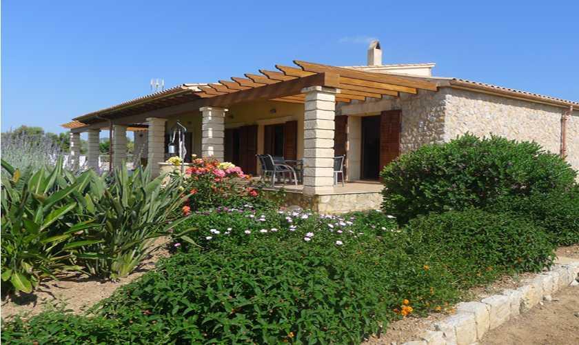 Blick auf die Finca Mallorca bei Arta PM 5679