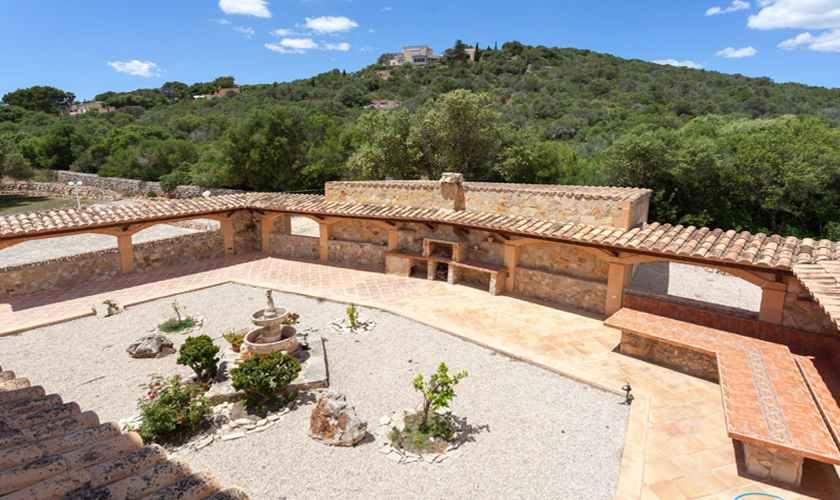 Patio und Barbecue Ferienvilla Mallorca PM 5845