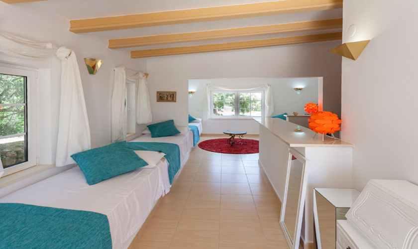 Dreibettzimmer Ferienhaus Mallorca 11 Personen PM 5845