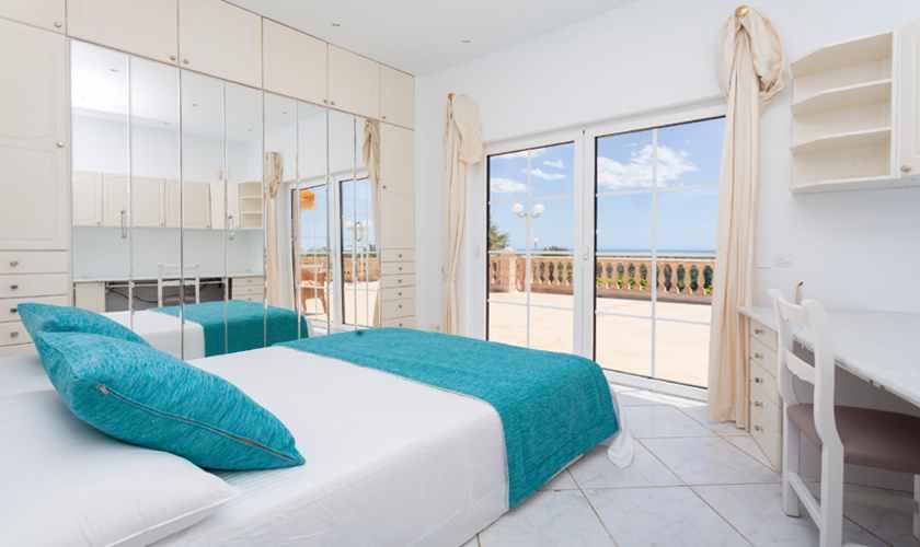 Schlafzimmer Ferienhaus Mallorca 11 Personen PM 5845