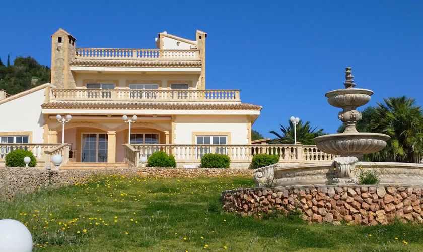 Blick auf das Ferienhaus Mallorca 11 Personen PM 5845