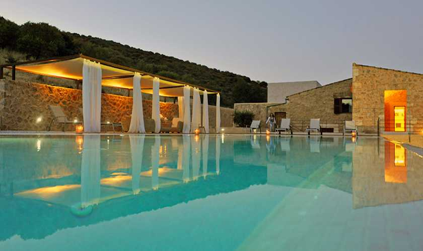 Abendstimmung am Pool Finca Mallorca PM 585