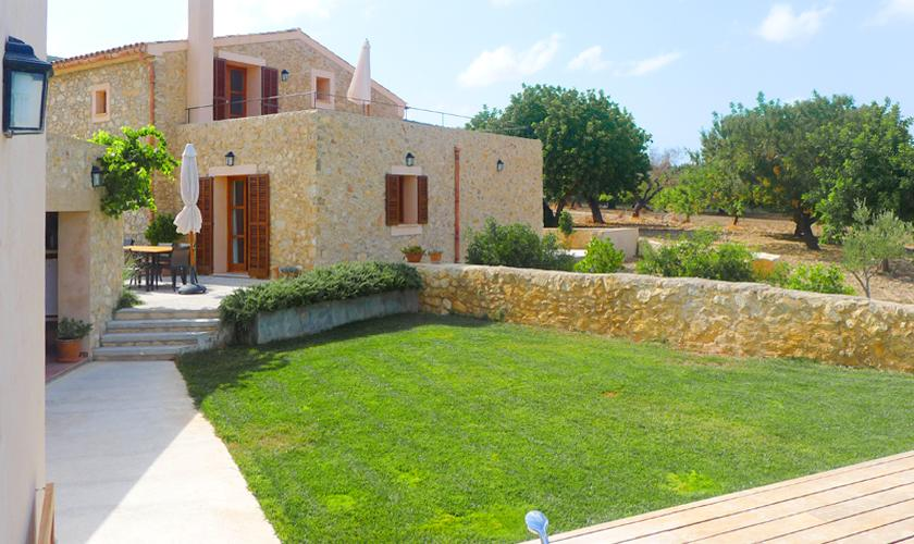 Rasenflächen Finca Mallorca PM 5915
