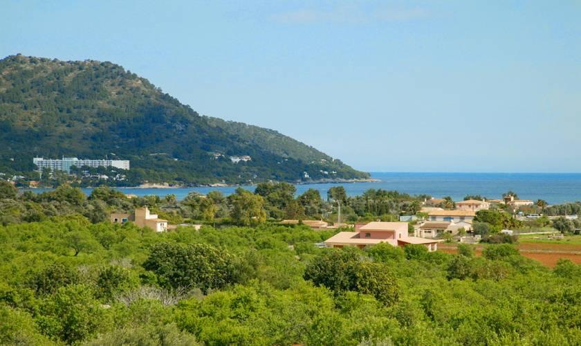 Blick in die Landschaft Ferienvilla Mallorca 12 Personen PM 596