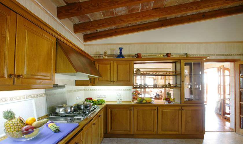 Küche Ferienhaus Mallorca 12 Personen PM 596