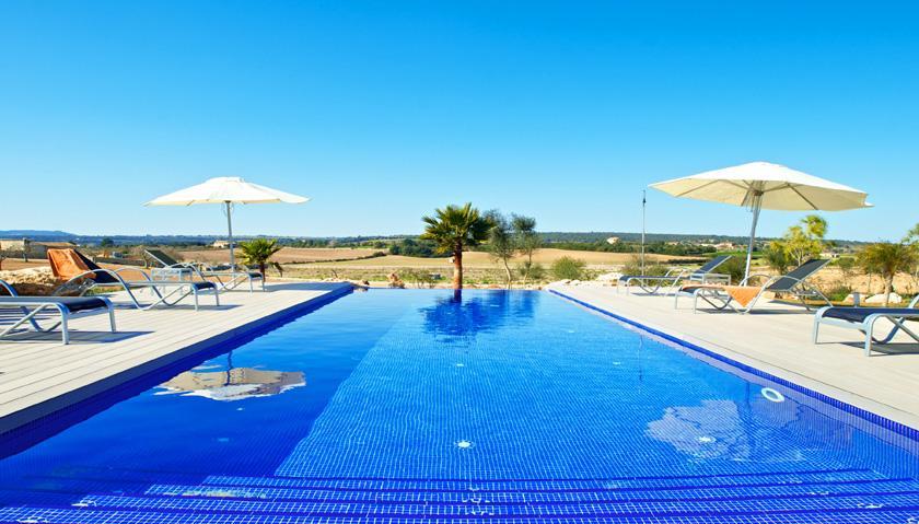 Poolblick Luxusfinca Mallorca 14 Personen PM 6002