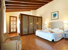 Schlafzimmer Luxus Finca Mallorca 14 Personen PM 6002