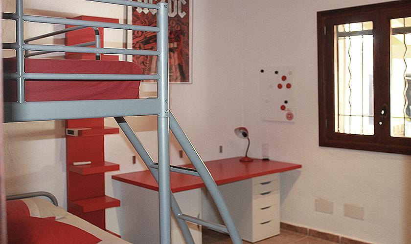 Schlafzimmer mit Etagenbett Finca Mallorca PM 6003