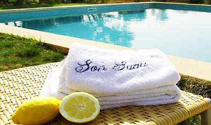 Pooltücher der großen Finca Mallorca Son Suau Vell