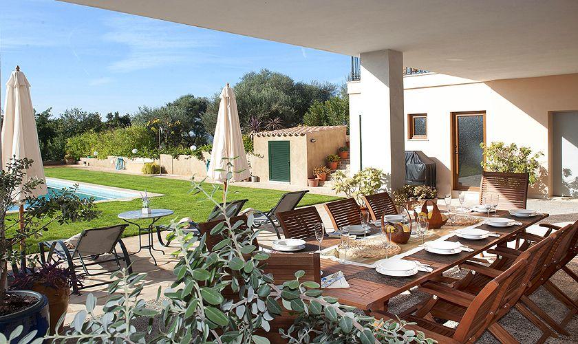 Überdachte Terrasse unten Ferienfinca Mallorca PM 6015