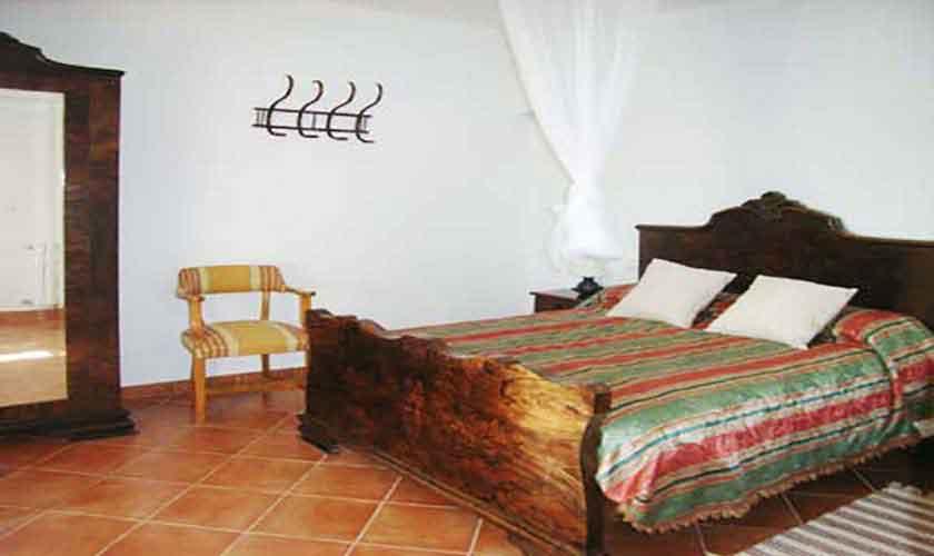 Schlafzimmer Finca Mallorca 8 Personen PM 601