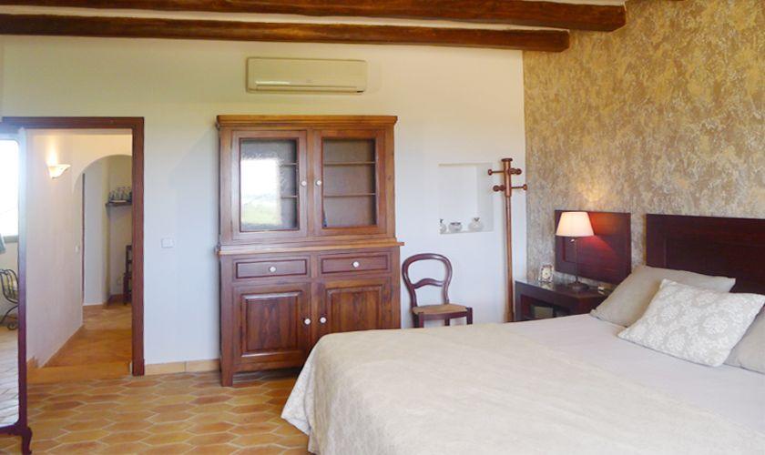 Schlafzimmer oben Finca Mallorca PM 6022