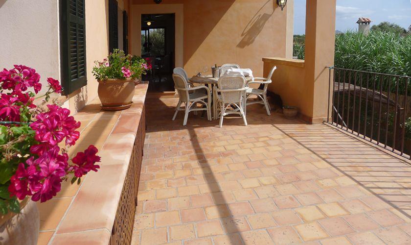Terrasse oben Finca Mallorca mit Pool PM 6022