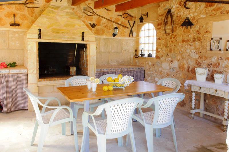 Barbecue Villa Mallorca PM 6052 im Südosten
