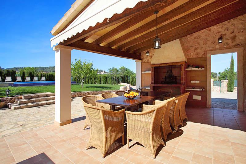 Terrasse Ferienfinca Mallorca für 12 Personen PM 6053