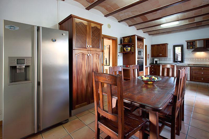 Küche Finca Mallorca PM 6055 im Südosten für 10 Personen