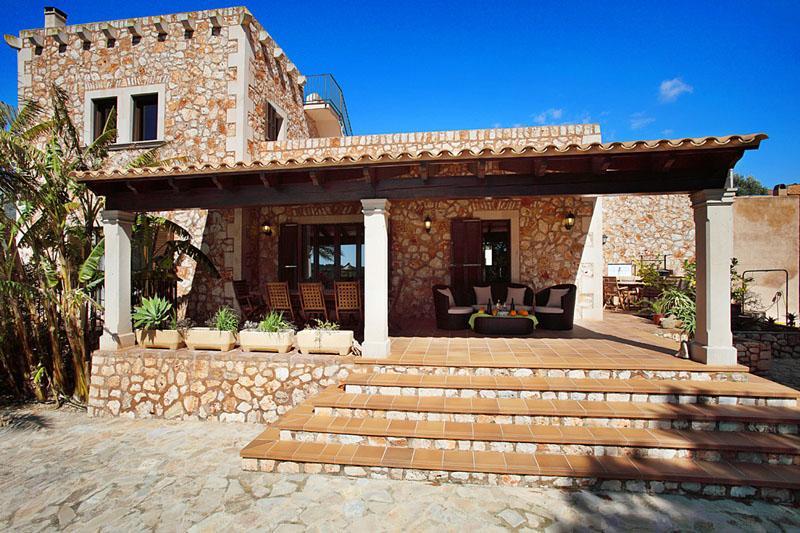 Terrasse Finca Mallorca PM 6055 im Südosten für 10 Personen