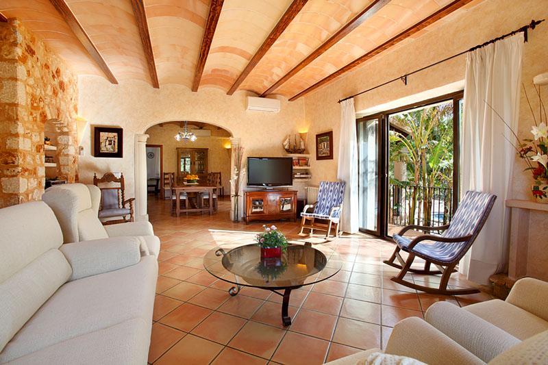 Wohnraum Finca Mallorca PM 6055 im Südosten für 10 Personen