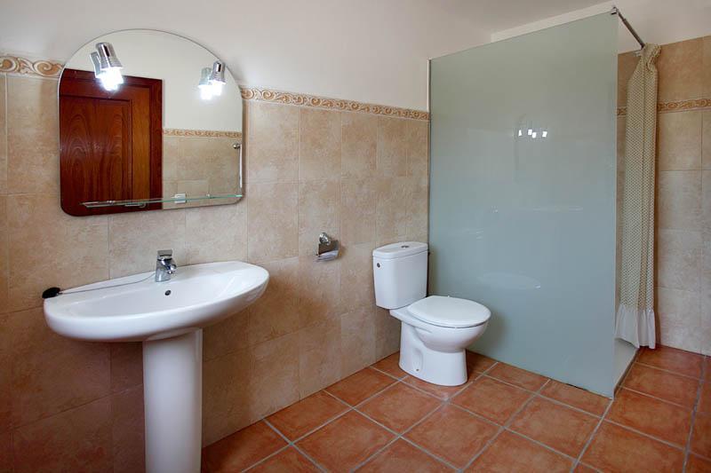 Badezimmer Ferienfinca Mallorca Südosten PM 6056 für 12 - 14 Personen