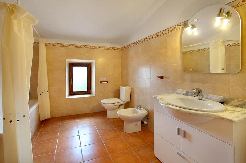 Badezimmer 5 Ferienfinca Mallorca Südosten PM 6056 für 12 - 14 Personen