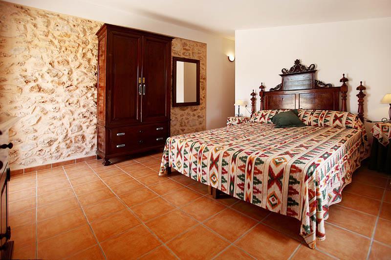 Schlafzimmer 3 Finca Mallorca Südosten PM 6056 für 12 - 14 Personen