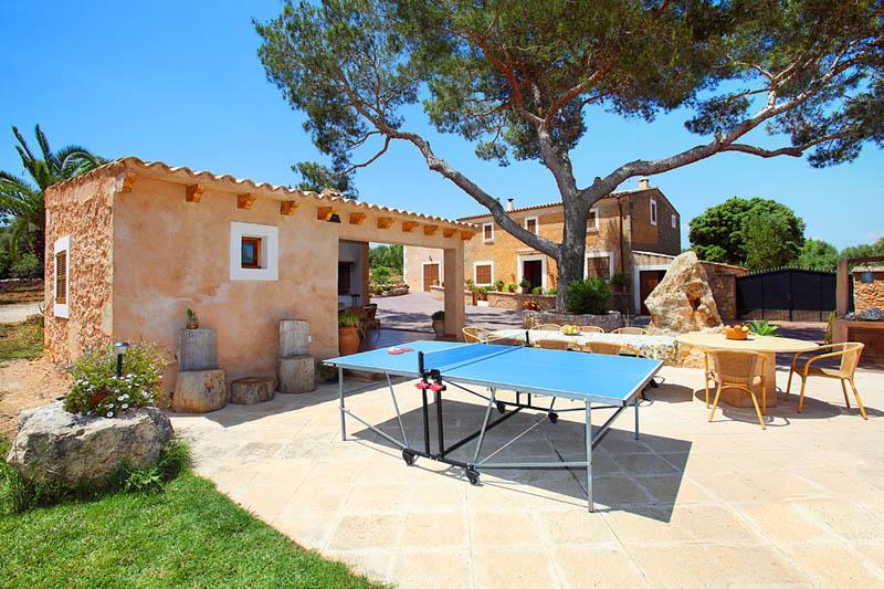 Tischtennis Ferienfinca Mallorca Südosten PM 6056 für 12 - 14 Personen