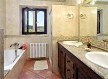 Badezimmer b Villa Mallorca für 6-7 Personen PM 6061
