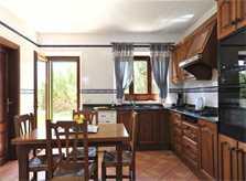 Küche der Villa Mallorca für 6-7 Personen PM 6061