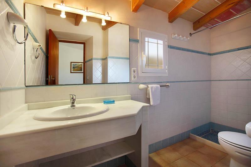 Badezimmer Finca Mallorca Südosten PM 6062 für 6-7 Personen