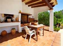 Grillplatz der Ferienvilla Mallorca PM 6062 im Südosten für 6-7 Personen