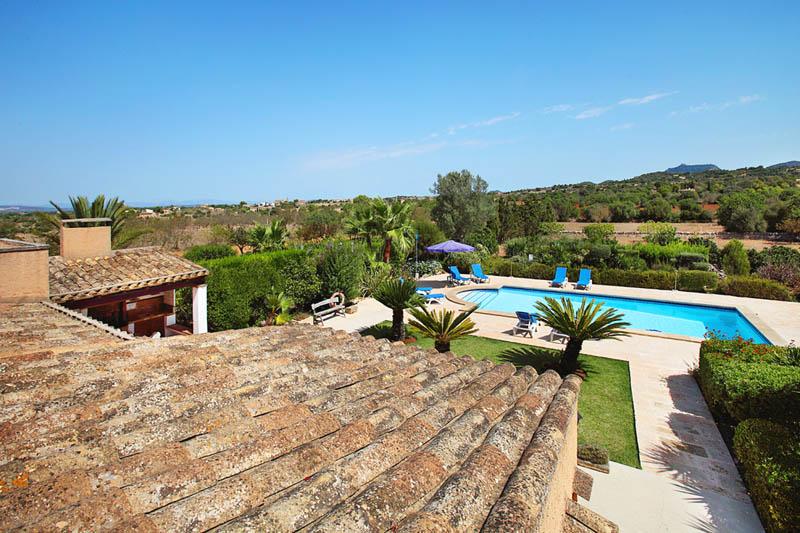 Poolblick von oben Ferienvilla Mallorca PM 6062 im Südosten für 6-7 Personen