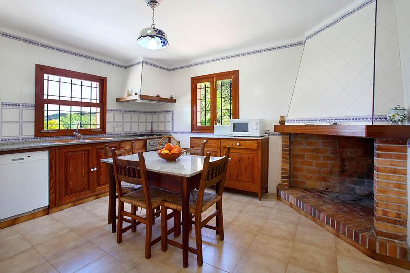 Küche Finca Mallorca Südosten PM 6062 für 6-7 Personen