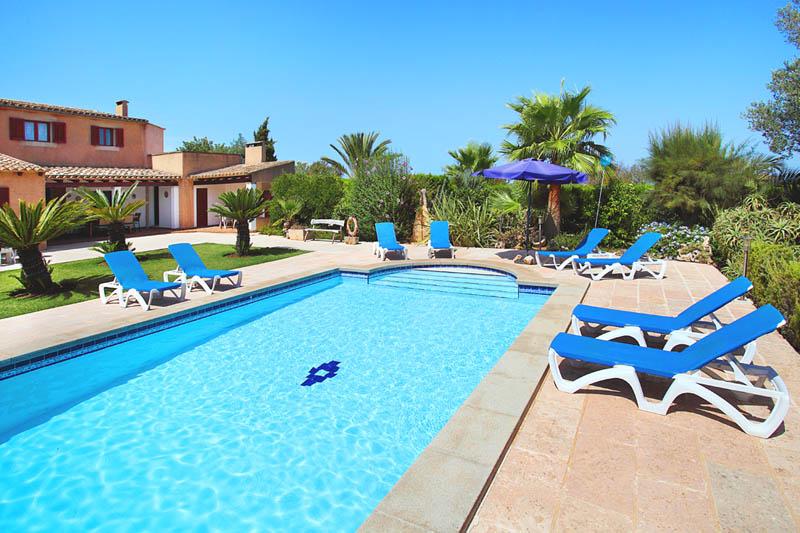 Pool der Ferienfinca Mallorca PM 6062 im Südosten für 6-7 Personen