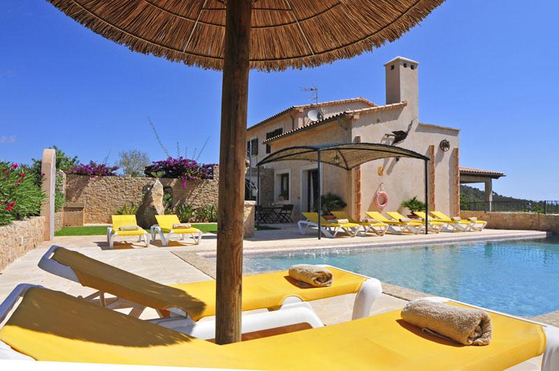 Pool und Finca Mallorca PM 6063 im Südosten