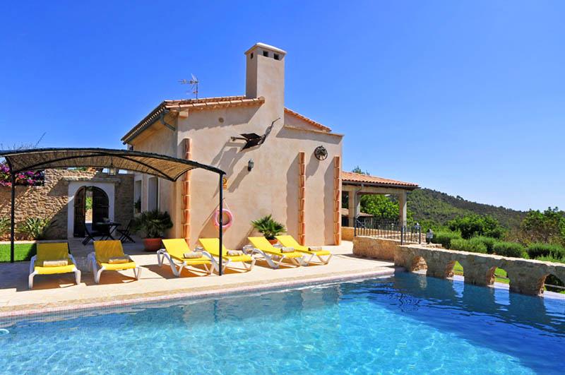 Pool der Finca Mallorca PM 6063 im Südosten für 12 Personen