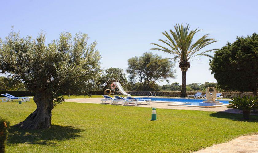Pool und Rasen Finca Mallorca Südosten PM 6071