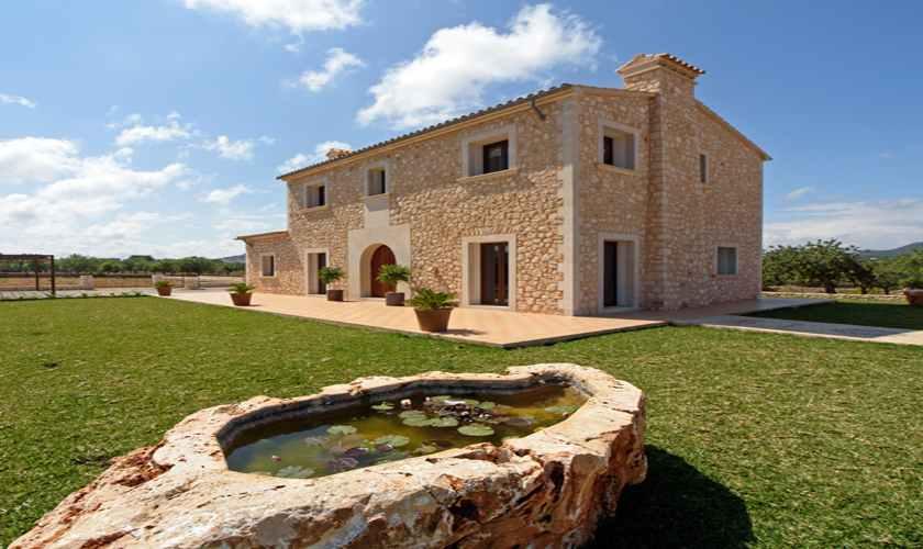 Rasenflächen Finca Mallorca 8 Personen PM 6075