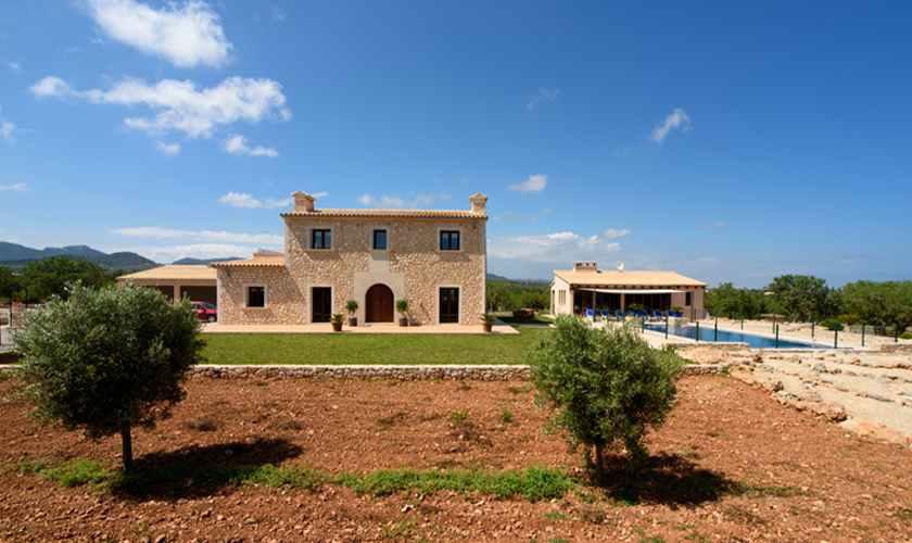 Blick auf dieFinca Mallorca 8 Personen PM 6075