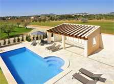 Pool und Liegen Ferienfinca Mallorca Südosten PM 6076