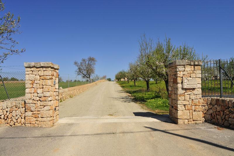 Eingangstor Finca Mallorca Südosten PM 6076