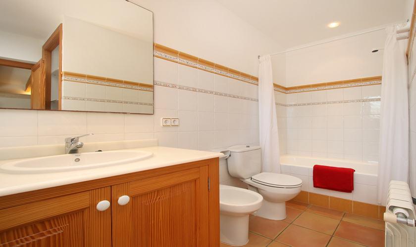 Badezimmer Ferienvilla Mallorca mit Pool PM 6079