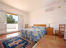 Schlafzimmer Ferienvilla Mallorca mit Pool PM 6079
