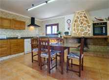 Essplatz und Küche Ferienfinca Mallorca Südosten PM 6090